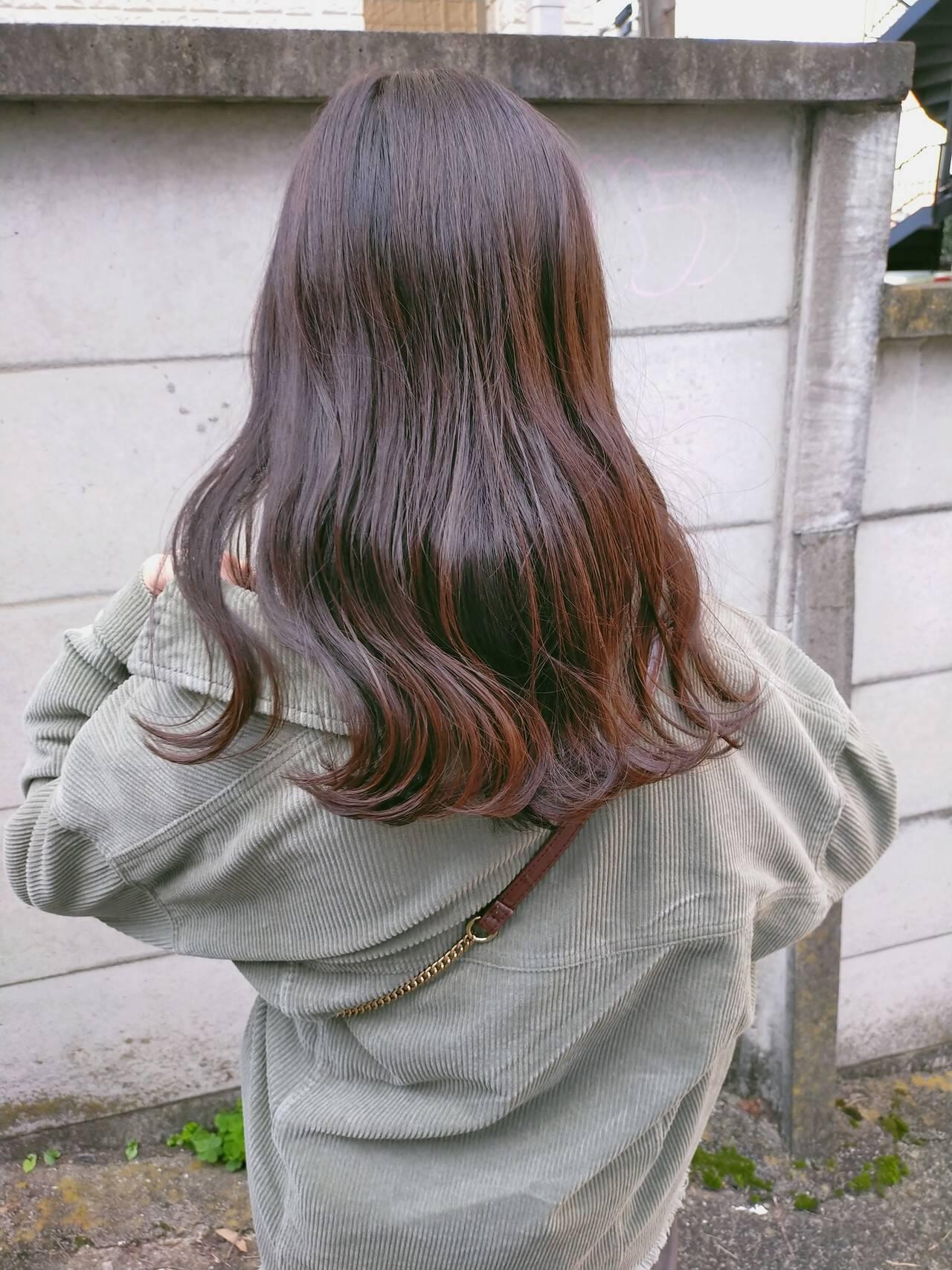 ナチュラル ミディアム オレンジブラウン オレンジベージュヘアスタイルや髪型の写真・画像