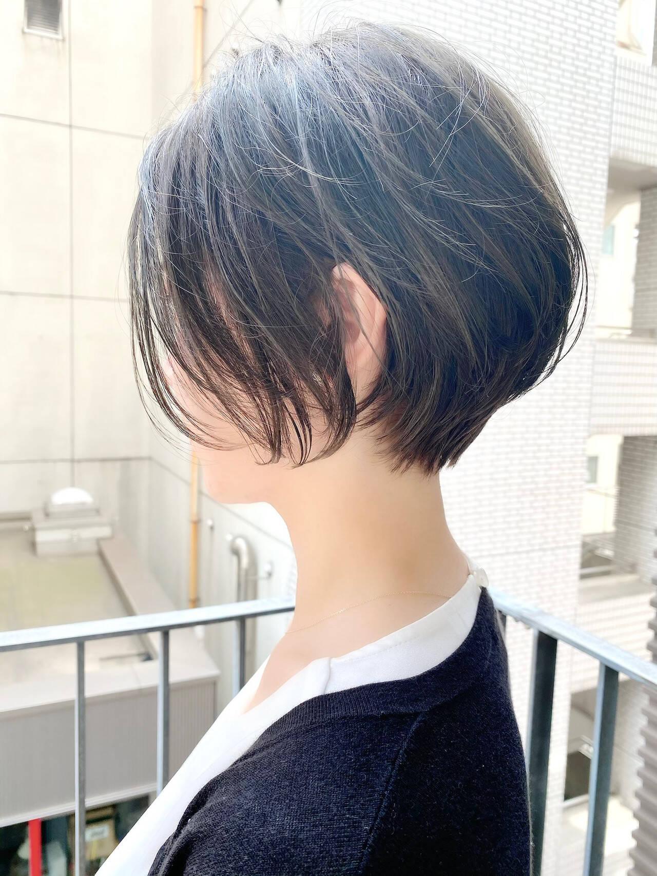 ゆるふわ オフィス デート ベリーショートヘアスタイルや髪型の写真・画像