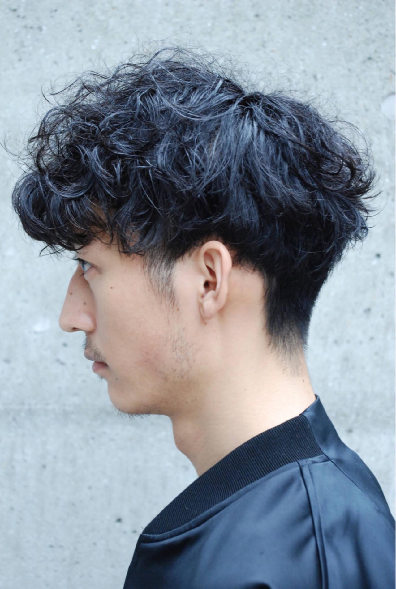 刈り上げ ストリート 黒髪 パーマヘアスタイルや髪型の写真・画像