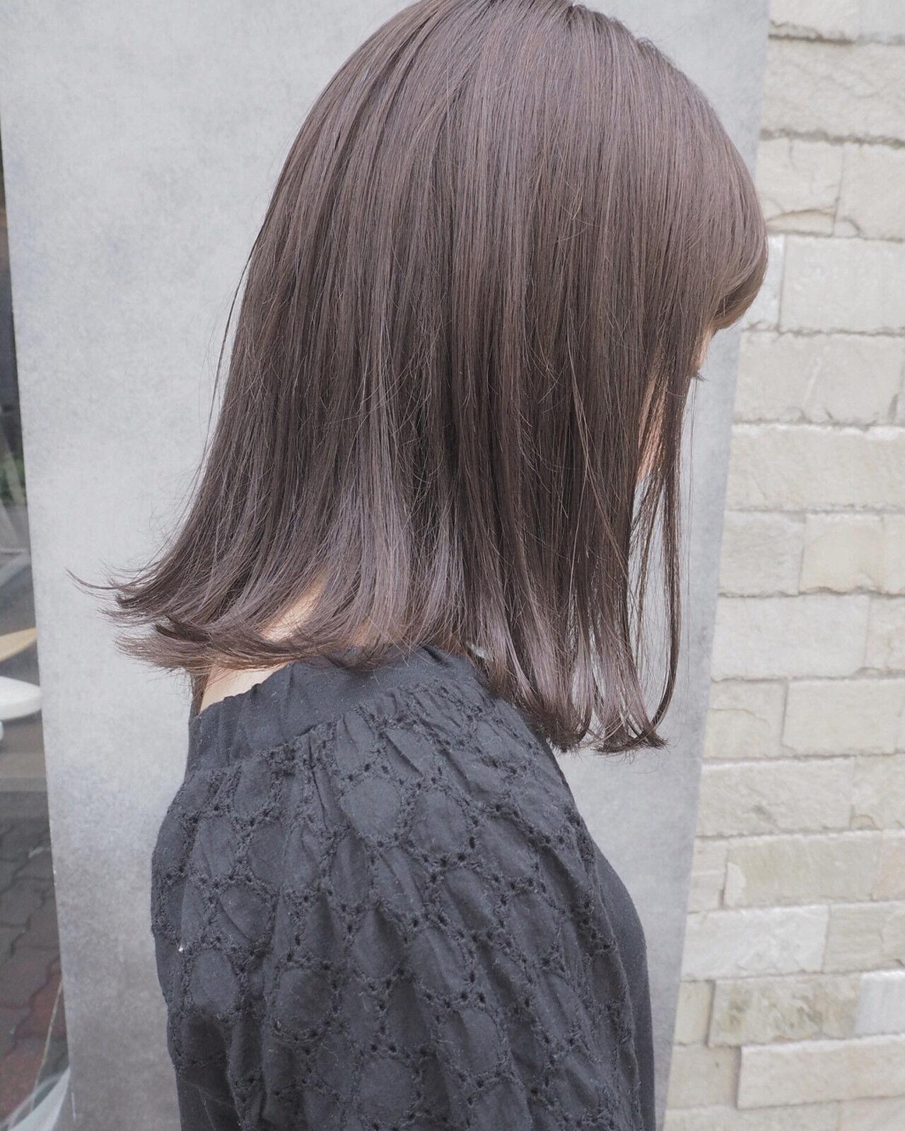 リラックス 切りっぱなし ナチュラル イルミナカラーヘアスタイルや髪型の写真・画像