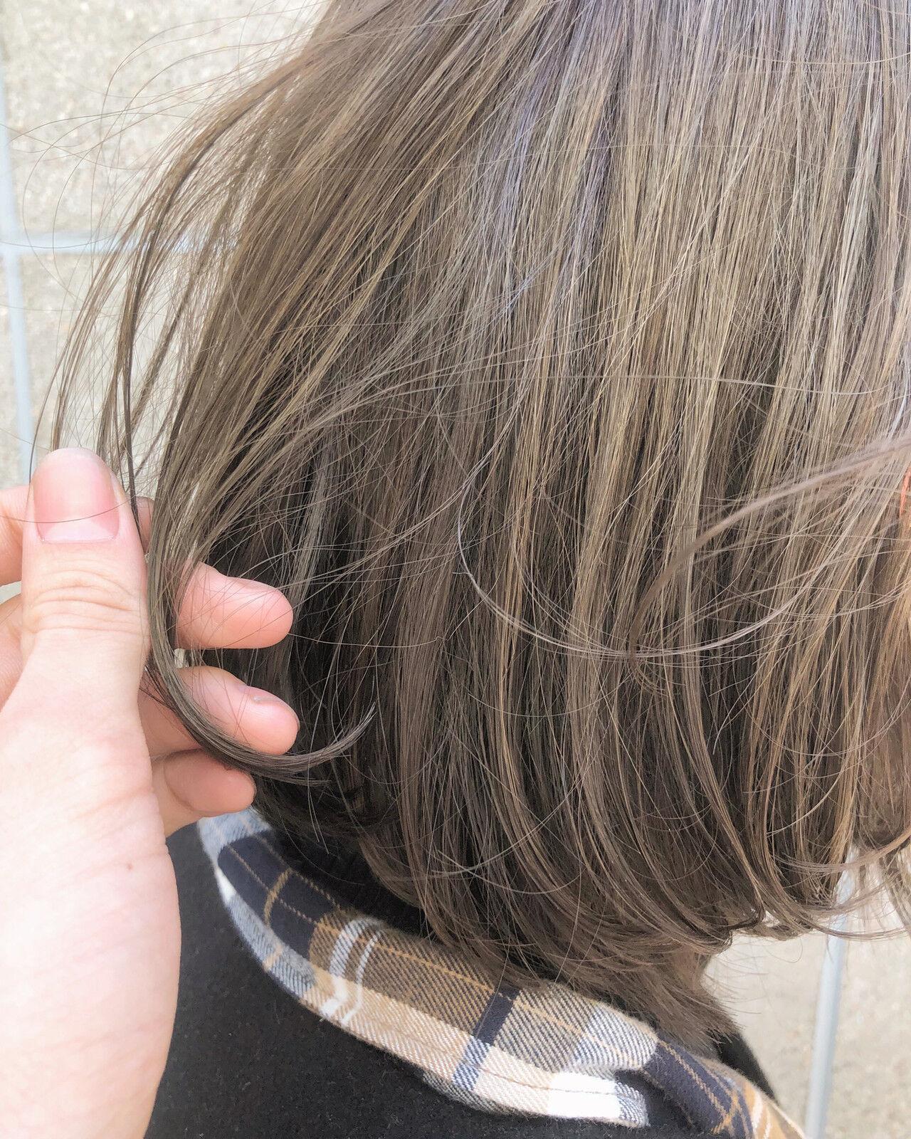 アンニュイほつれヘア 切りっぱなしボブ ボブ ミニボブヘアスタイルや髪型の写真・画像
