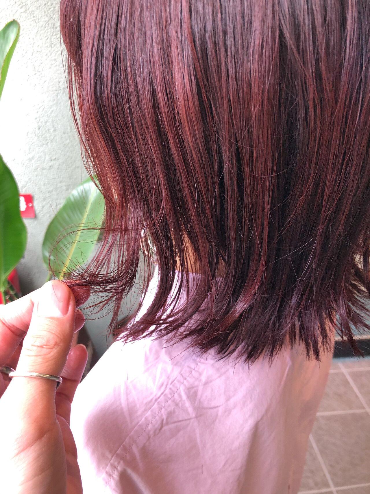 フェミニン レッドカラー ボブ ヘアカラーヘアスタイルや髪型の写真・画像