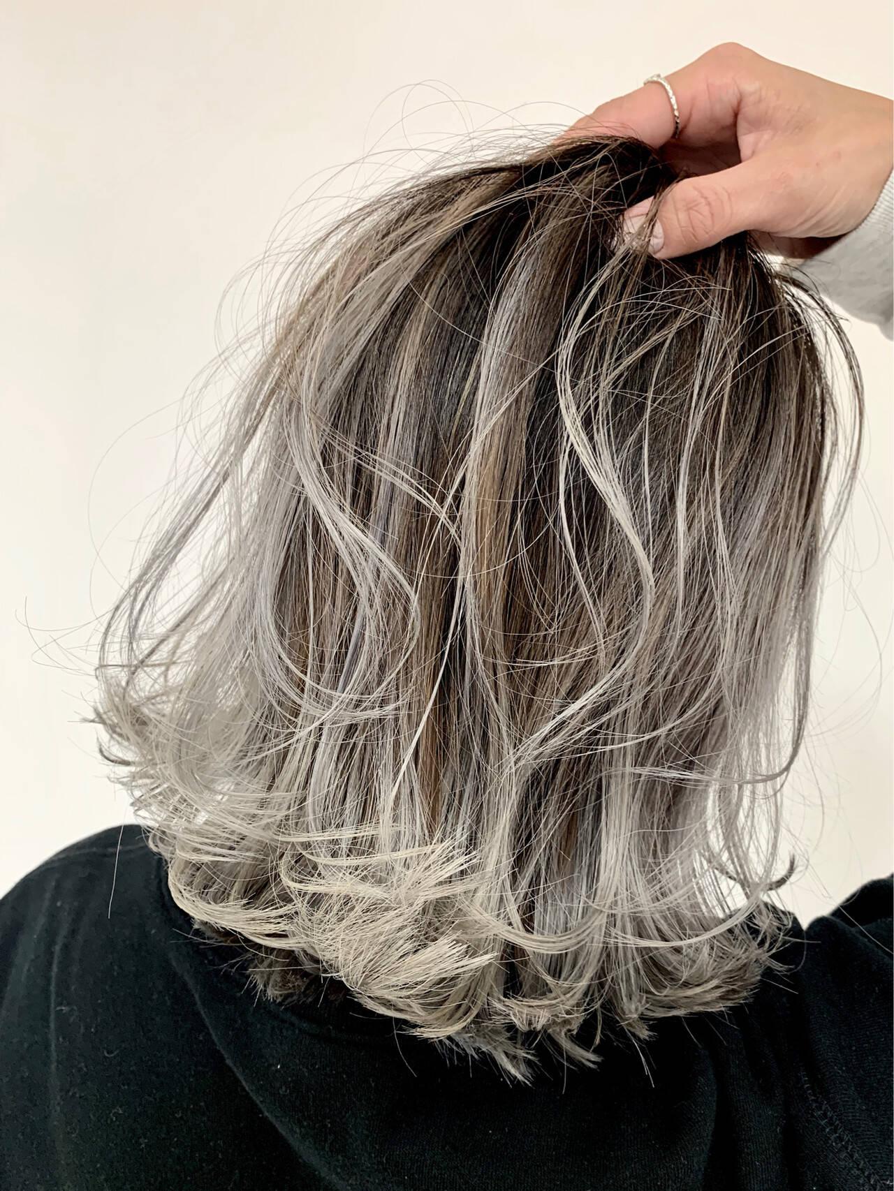 コンサバ ボブ グラデーションカラー バレイヤージュヘアスタイルや髪型の写真・画像