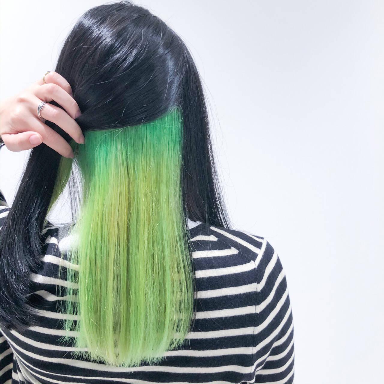 ホワイトブリーチ セミロング ブリーチオンカラー モードヘアスタイルや髪型の写真・画像