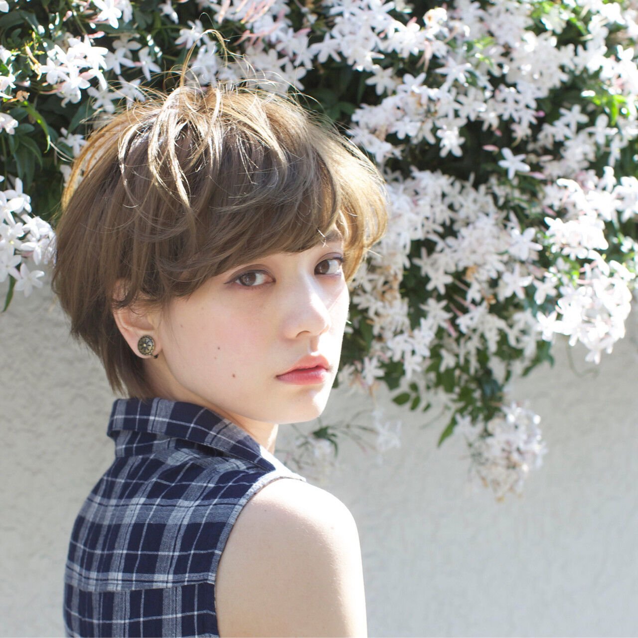 アッシュ ナチュラル ショート ピュアヘアスタイルや髪型の写真・画像
