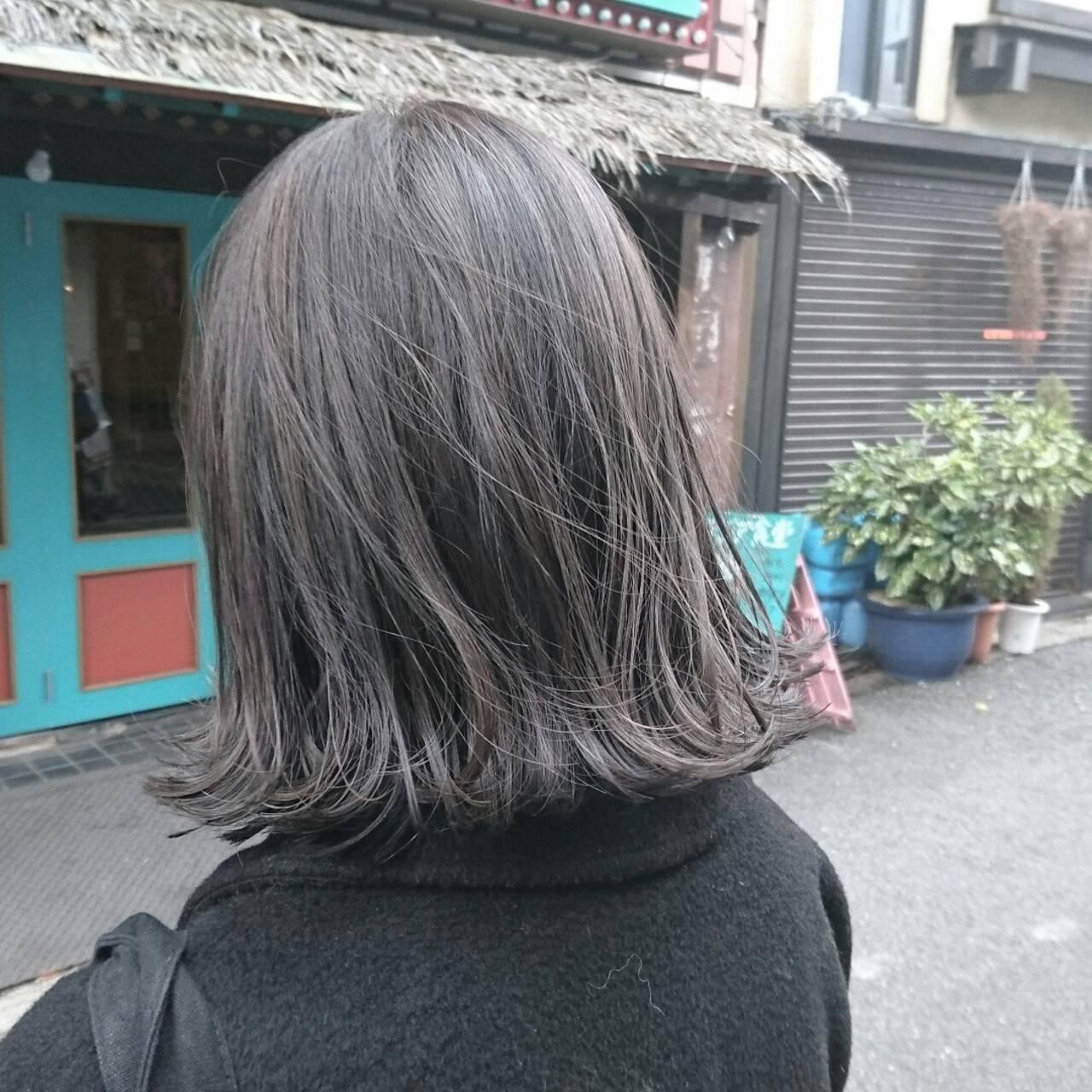 ストリート ハイライト グレー ボブヘアスタイルや髪型の写真・画像