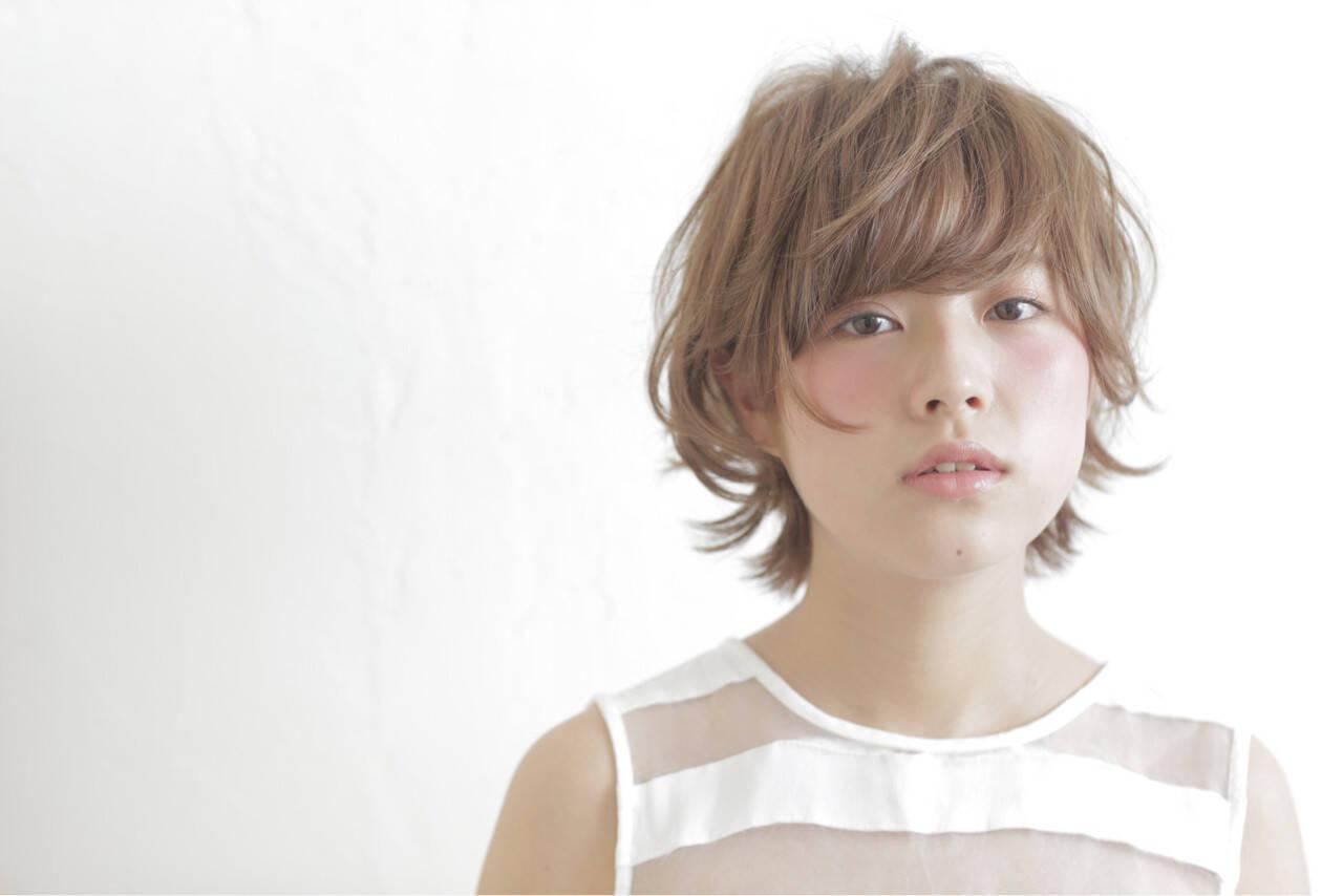 ガーリー フェミニン ショート パーマヘアスタイルや髪型の写真・画像