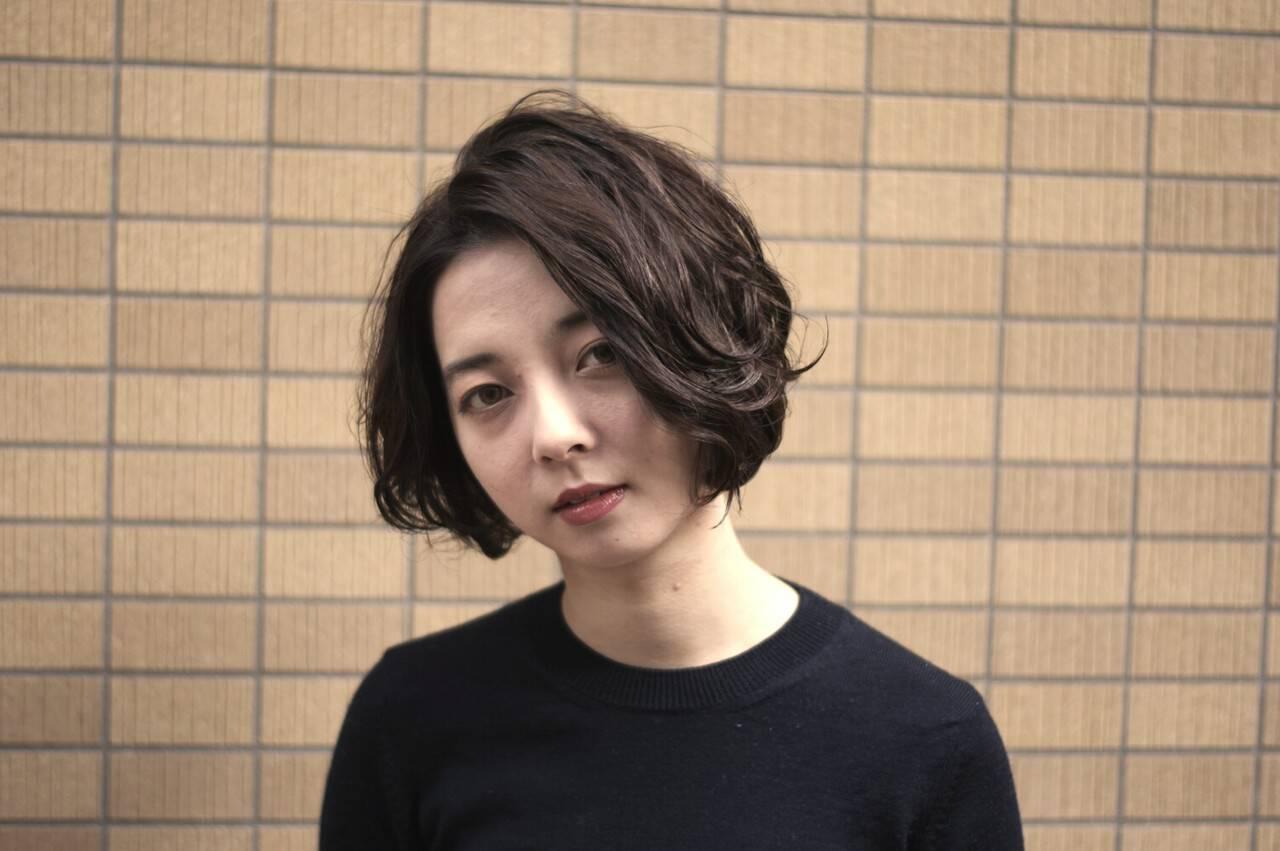 モード 暗髪 ボブ 黒髪ヘアスタイルや髪型の写真・画像