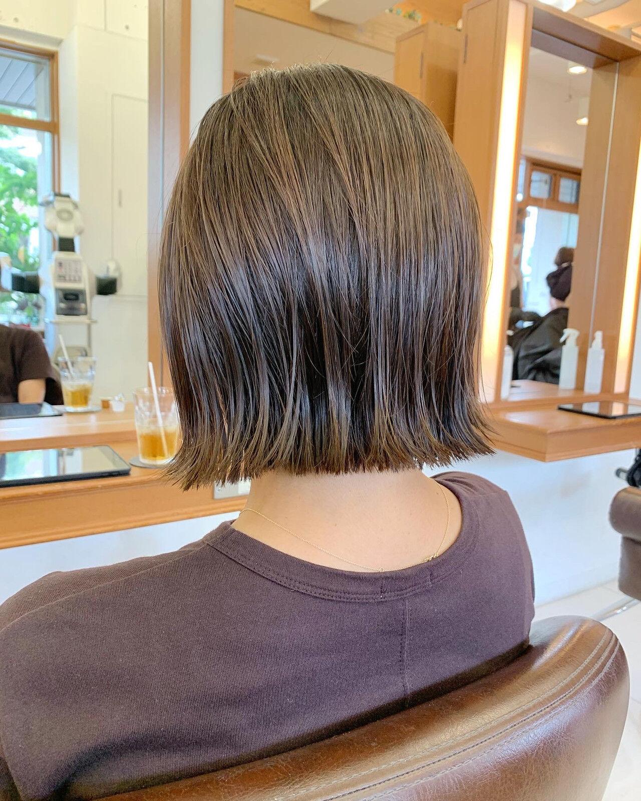 ショート 外ハネボブ 外ハネ ミニボブヘアスタイルや髪型の写真・画像