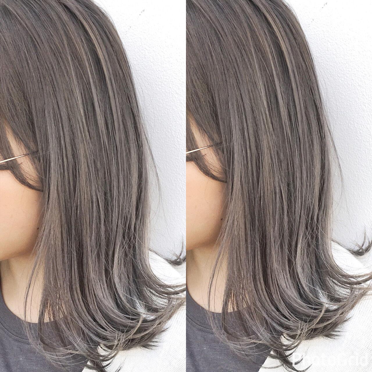 ミディアム ナチュラル 色気 斜め前髪ヘアスタイルや髪型の写真・画像