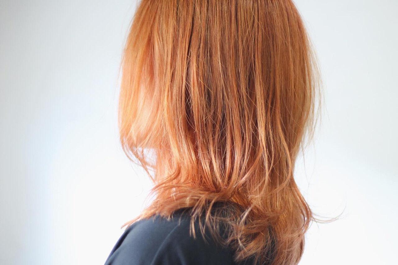 オレンジカラー ナチュラル オレンジ オレンジベージュヘアスタイルや髪型の写真・画像