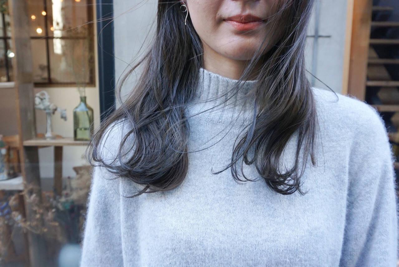 ミディアム 透明感カラー ナチュラル 暗髪ヘアスタイルや髪型の写真・画像