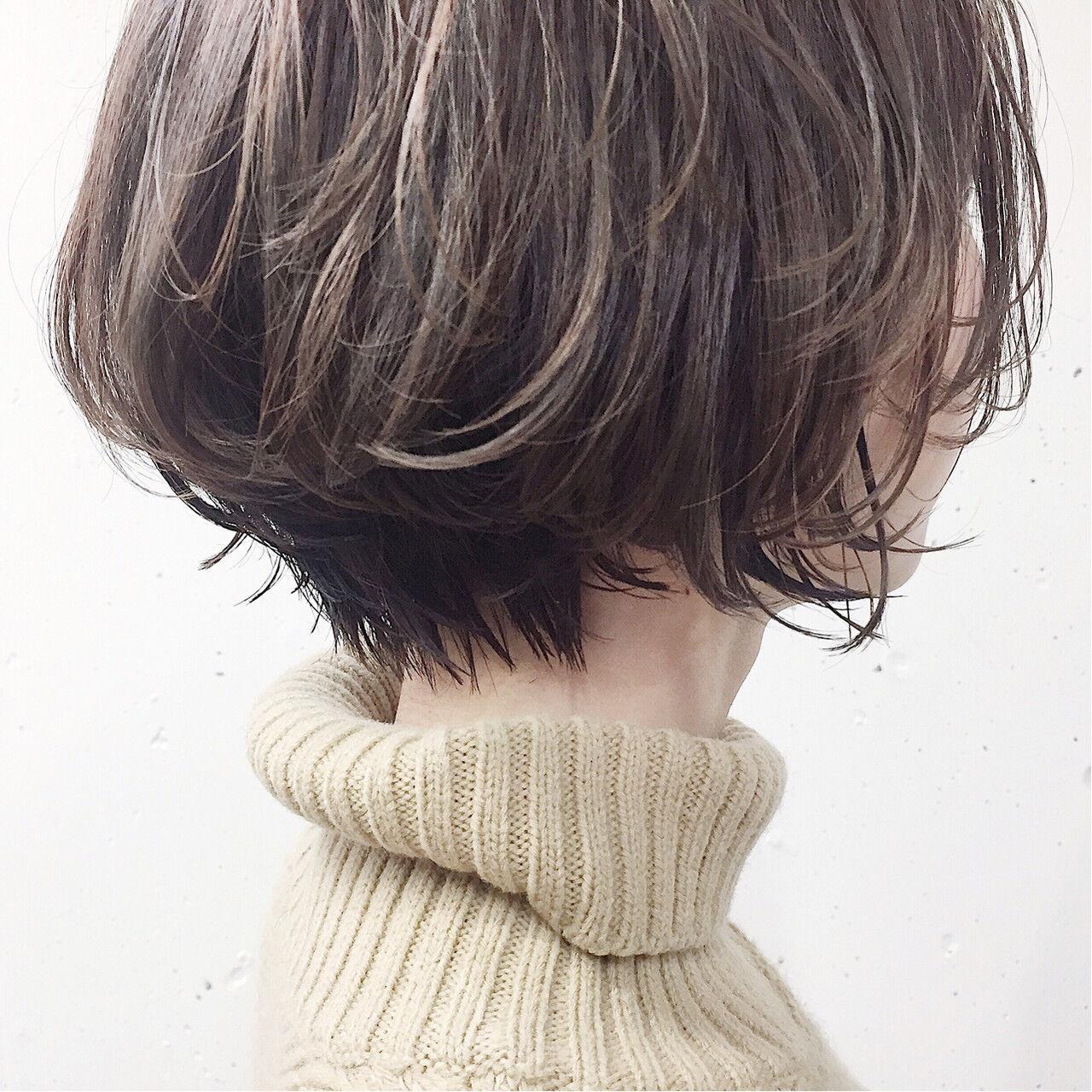 ナチュラル 小顔 似合わせ ショートヘアスタイルや髪型の写真・画像