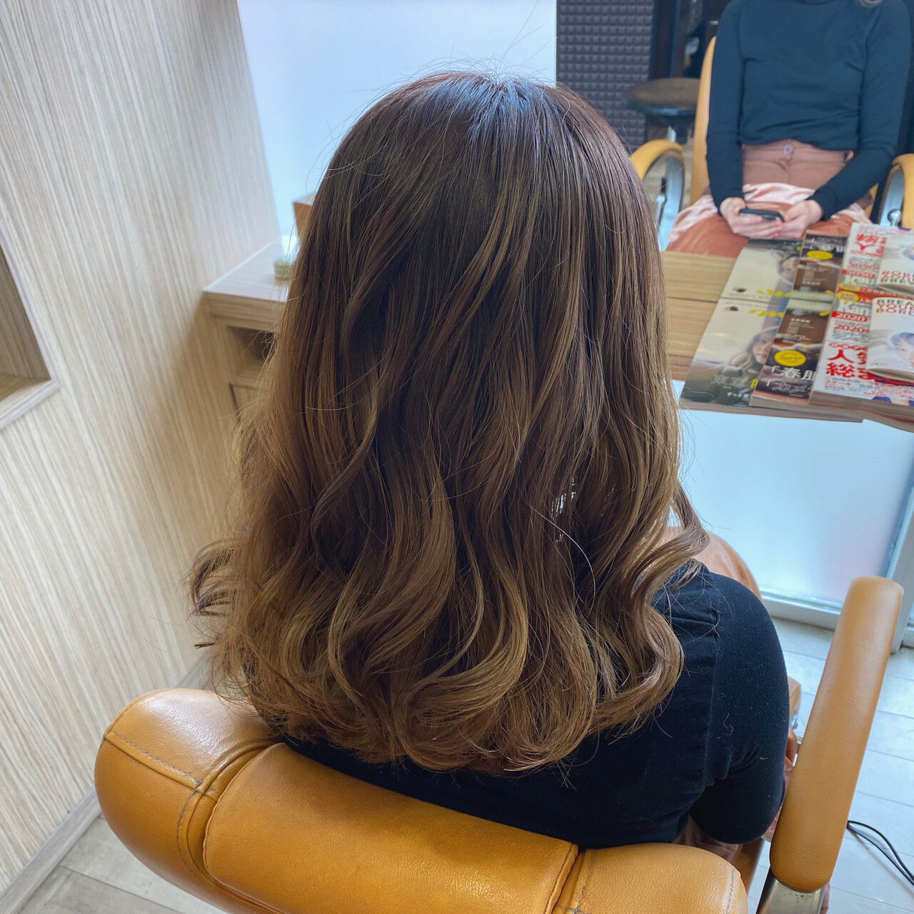 イルミナカラー ガーリー グラデーションカラー セミロングヘアスタイルや髪型の写真・画像