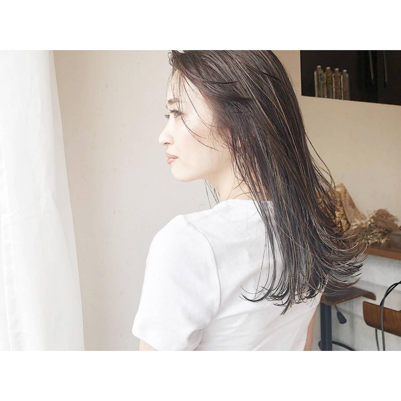 コントラストハイライト ナチュラル 極細ハイライト 大人ハイライトヘアスタイルや髪型の写真・画像