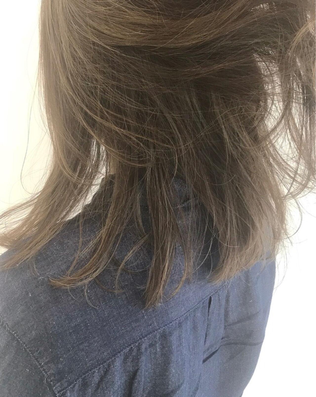 ナチュラル 透明感 外国人風カラー ミディアムヘアスタイルや髪型の写真・画像