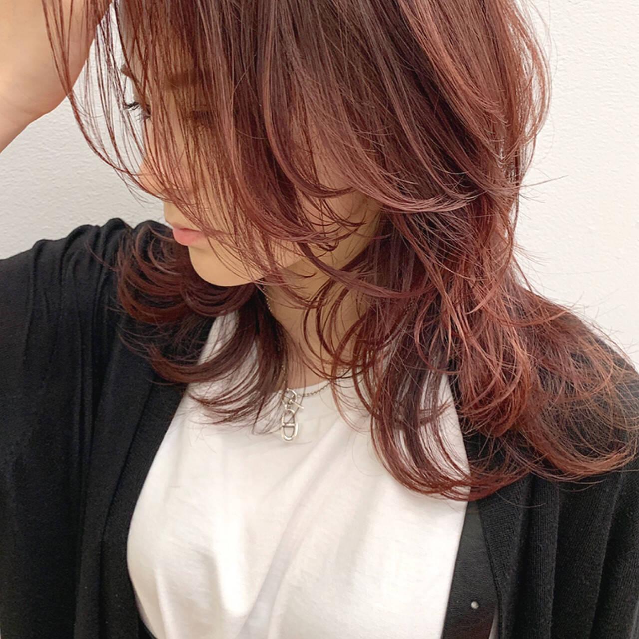 ウルフカット ミディアム ネオウルフ ウルフヘアスタイルや髪型の写真・画像