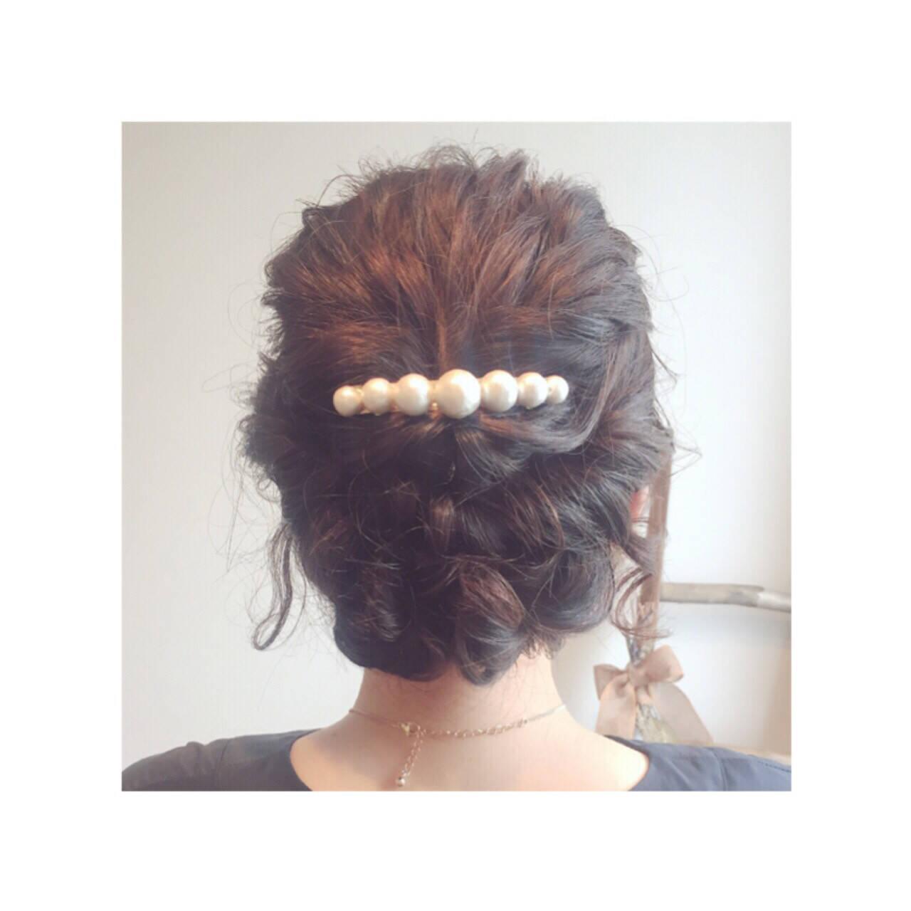 ミディアム ヘアアレンジ ツイスト ロープ編みヘアスタイルや髪型の写真・画像