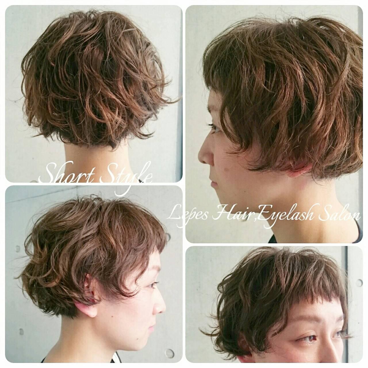 前髪あり 外国人風 パーマ ハイライトヘアスタイルや髪型の写真・画像