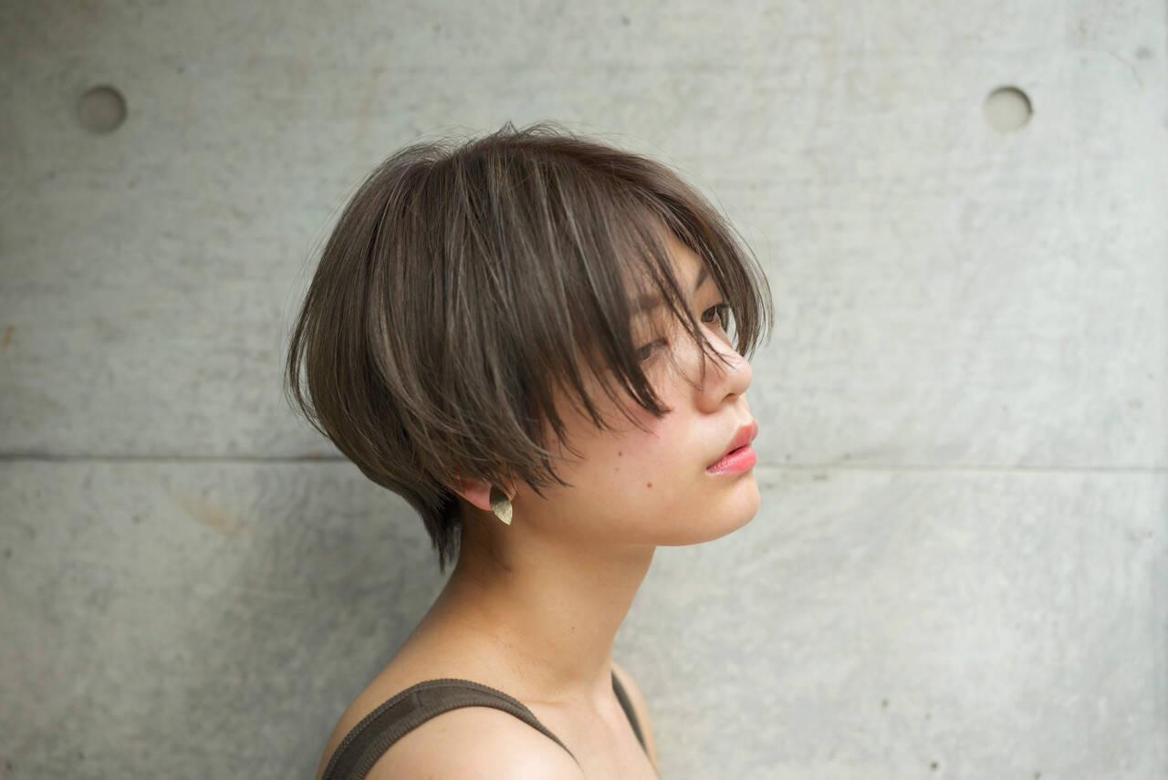 涼しげ ショート 大人かわいい パーマヘアスタイルや髪型の写真・画像