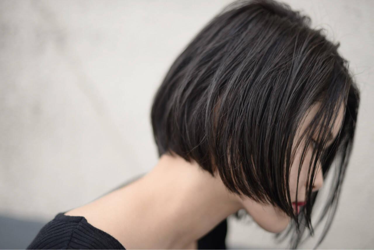 ショートボブ 切りっぱなし 大人女子 ストリートヘアスタイルや髪型の写真・画像