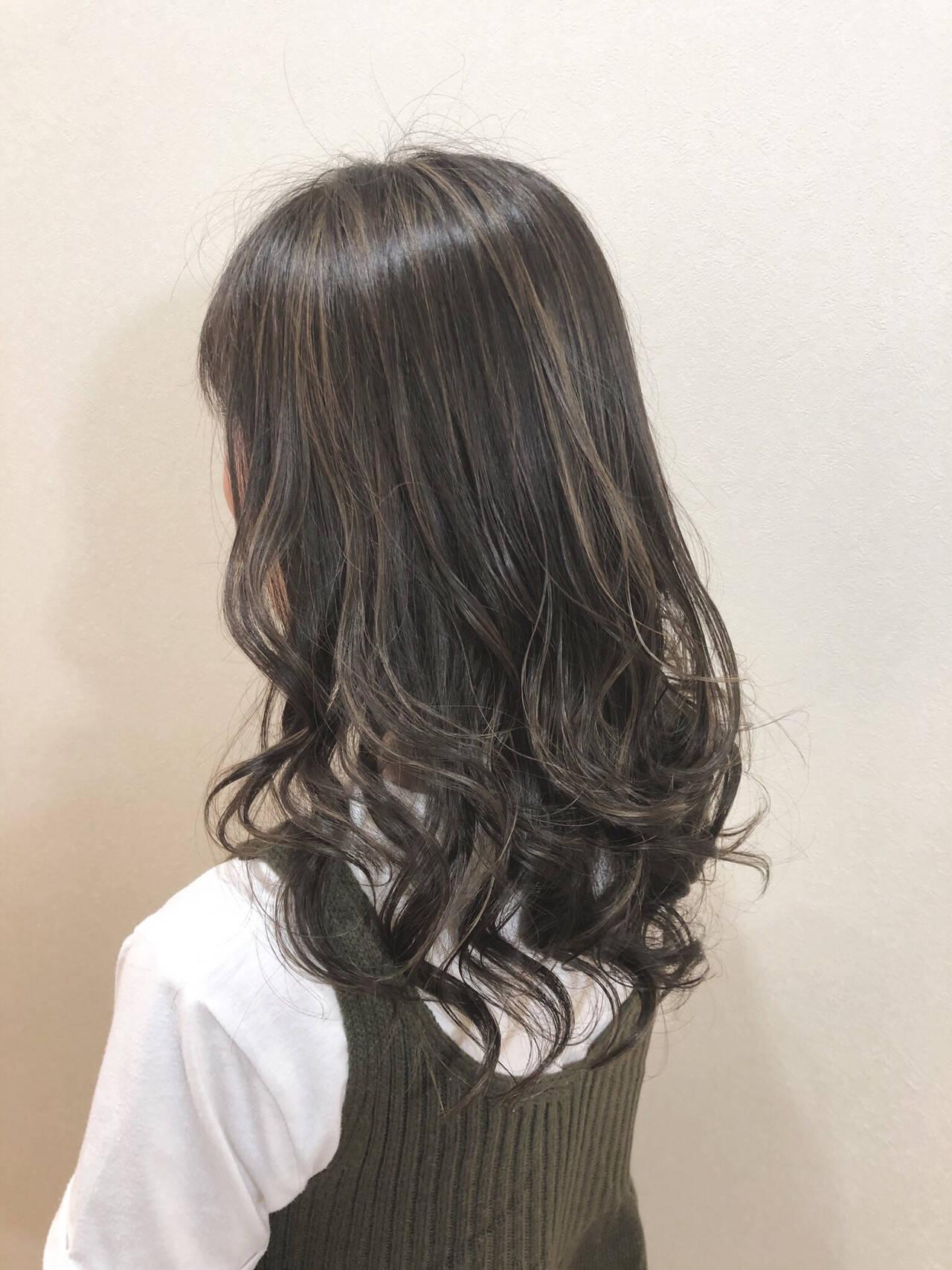 外国人風カラー 外国人風 グレージュ ロングヘアスタイルや髪型の写真・画像