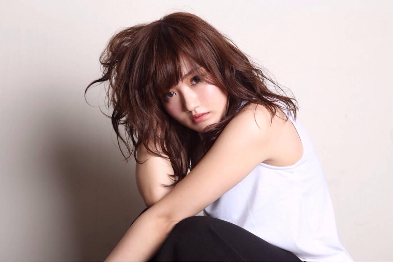 ミディアム 抜け感 前髪あり かわいいヘアスタイルや髪型の写真・画像