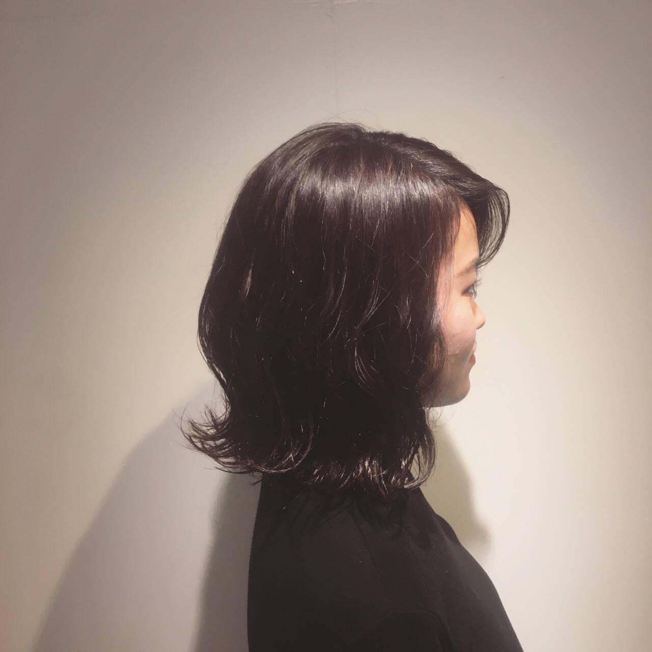 チェリー フェミニン 外ハネボブ ミディアムヘアスタイルや髪型の写真・画像