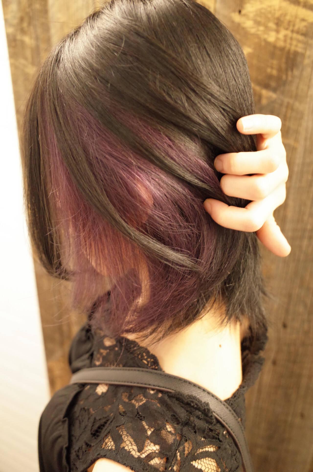 ミディアム インナーカラー ガーリー ピンクラベンダーヘアスタイルや髪型の写真・画像
