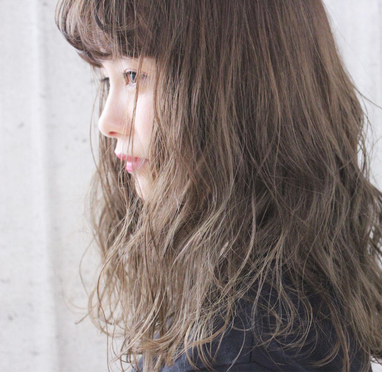 ブリーチ アンニュイ ナチュラル ヘアアレンジヘアスタイルや髪型の写真・画像