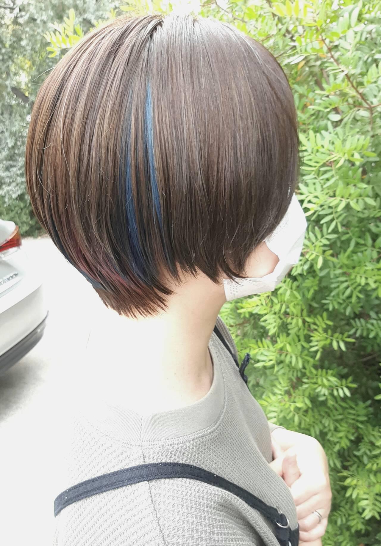切りっぱなしボブ ショートヘア ベリーショート インナーカラーヘアスタイルや髪型の写真・画像