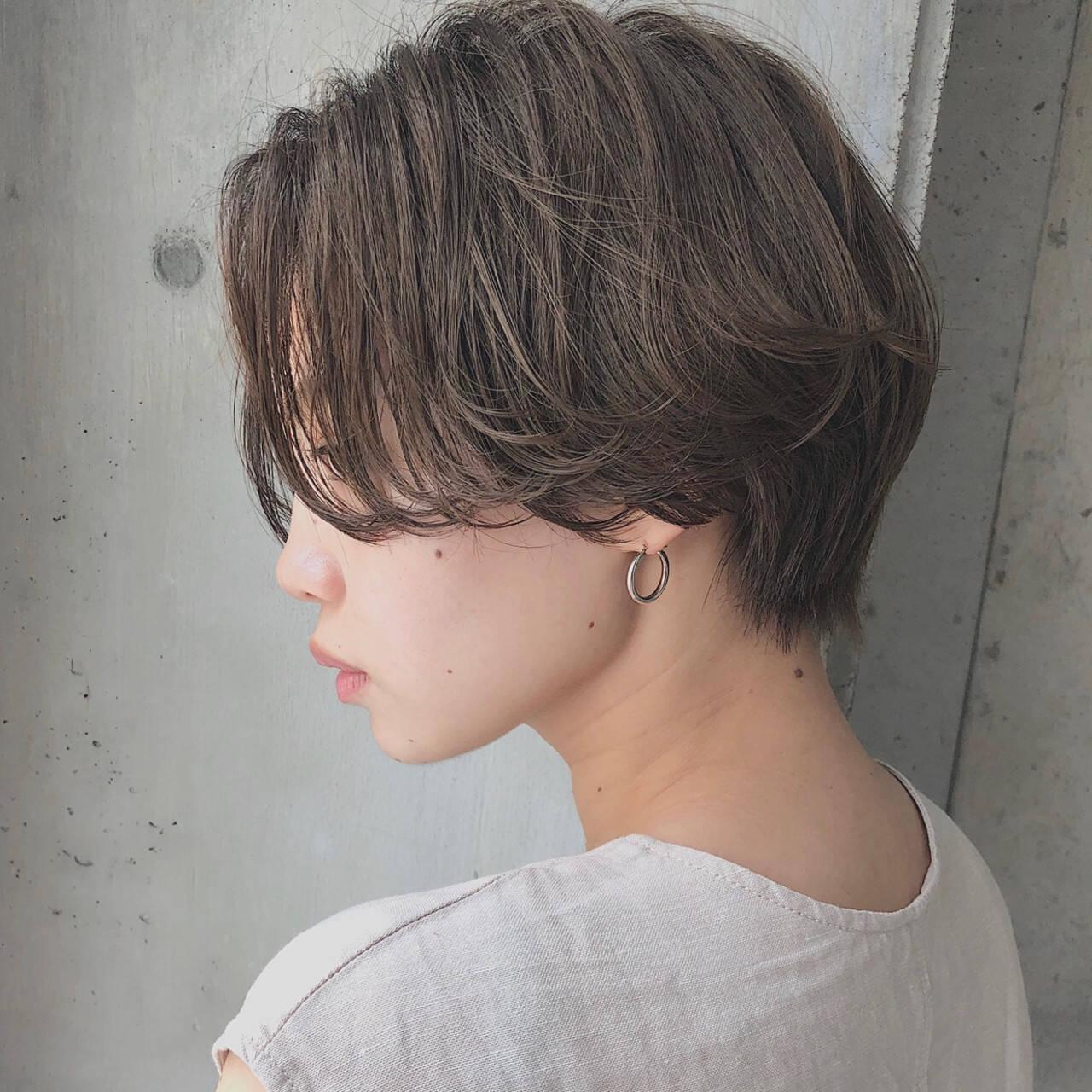 ショートボブ ナチュラル ハンサムショート ショートヘアスタイルや髪型の写真・画像