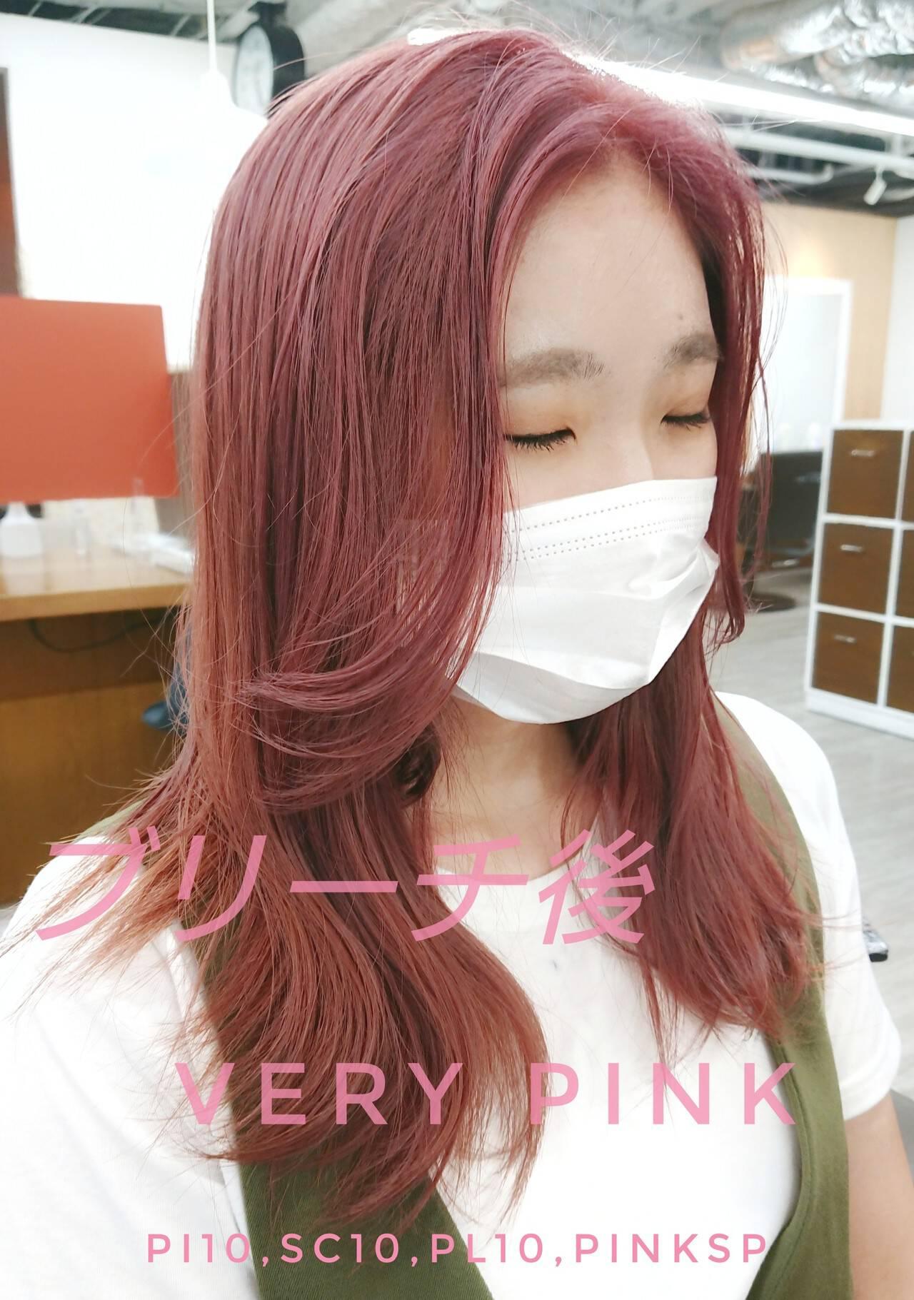 韓国風ヘアー セミロング ストリート ブリーチカラーヘアスタイルや髪型の写真・画像