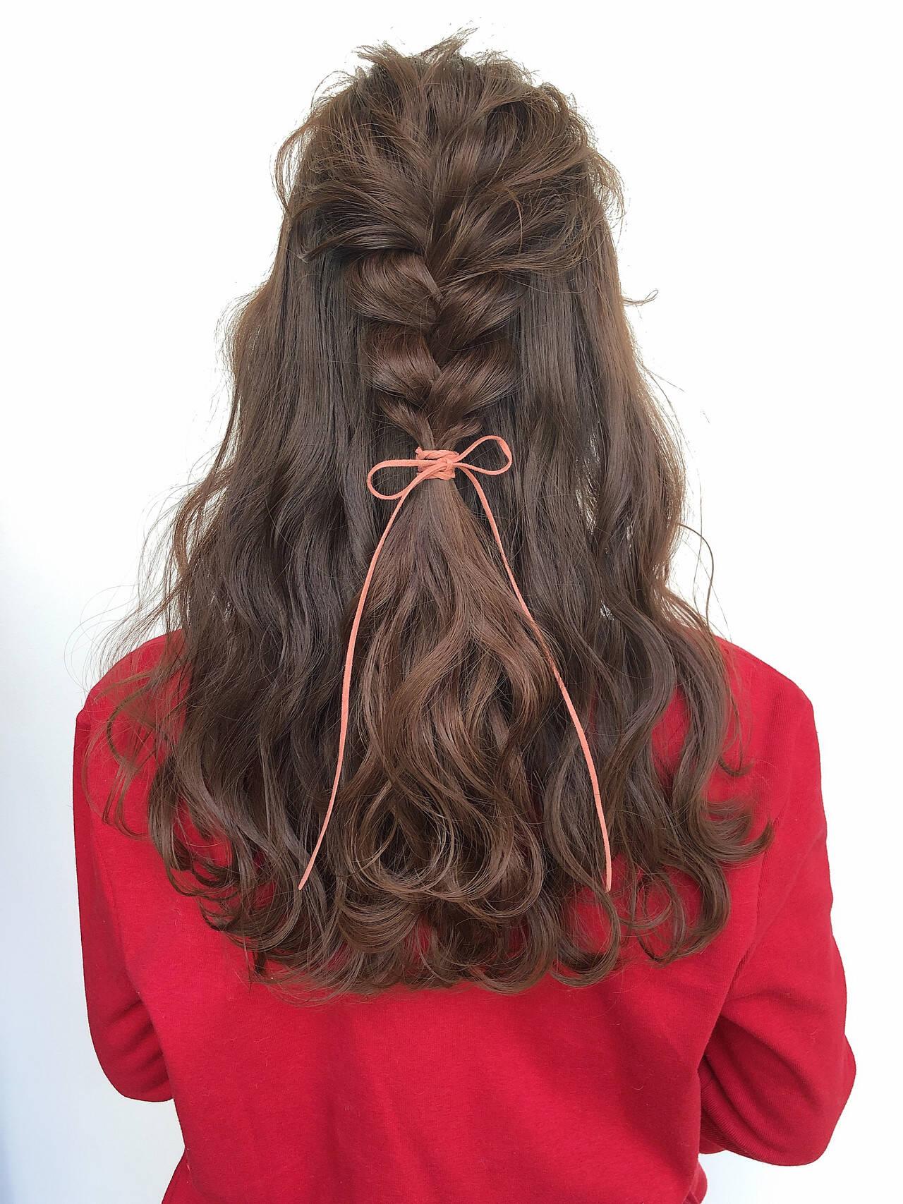 大人かわいい 編みおろし ヘアアレンジ ガーリーヘアスタイルや髪型の写真・画像