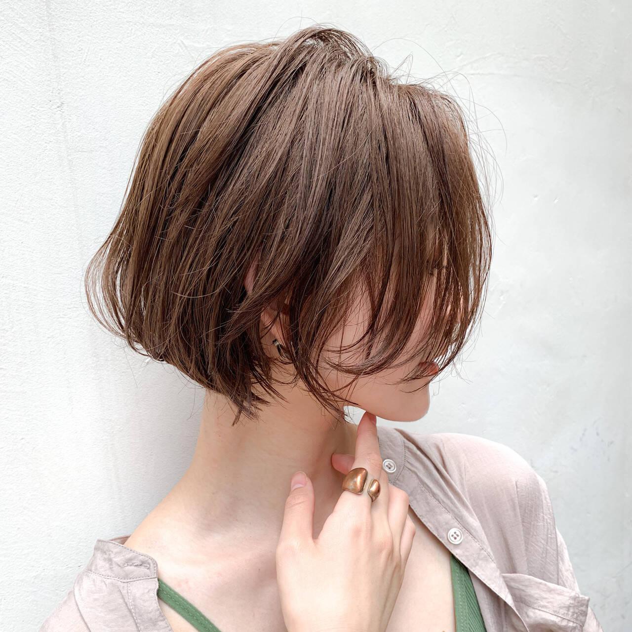 ナチュラル オリーブブラウン モカベージュ ショコラブラウンヘアスタイルや髪型の写真・画像