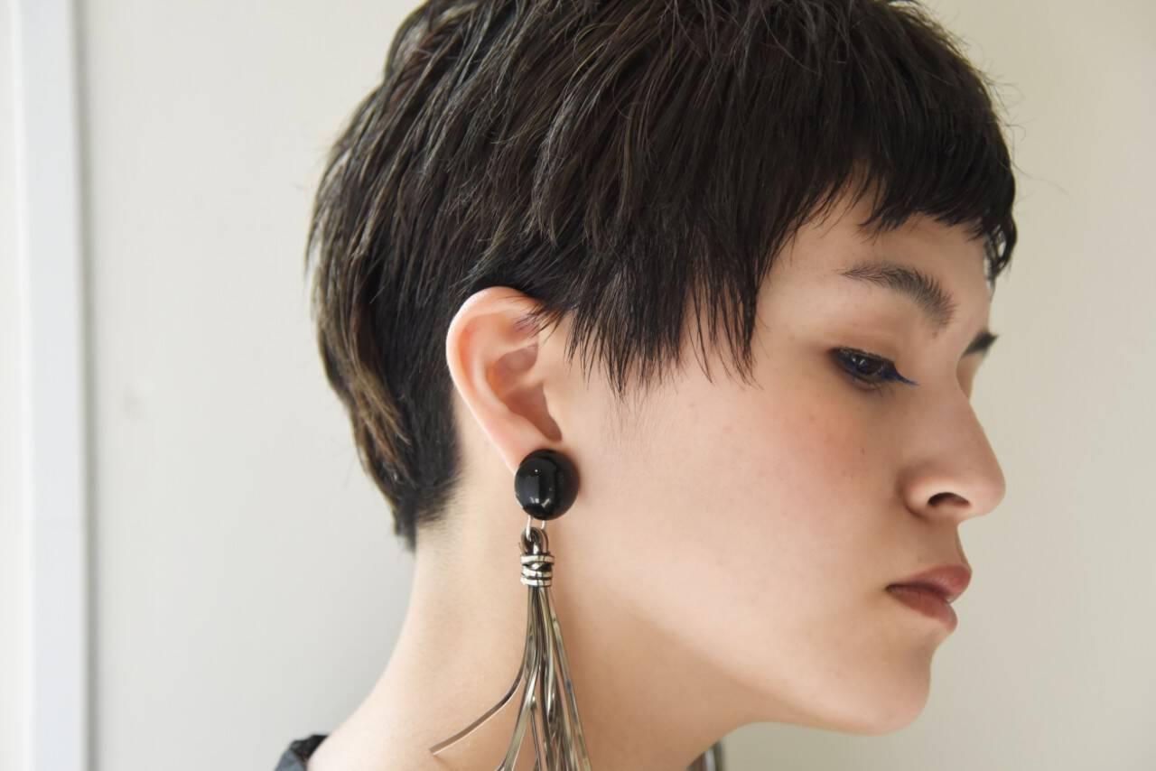 ショート ナチュラル ストレート ベリーショートヘアスタイルや髪型の写真・画像