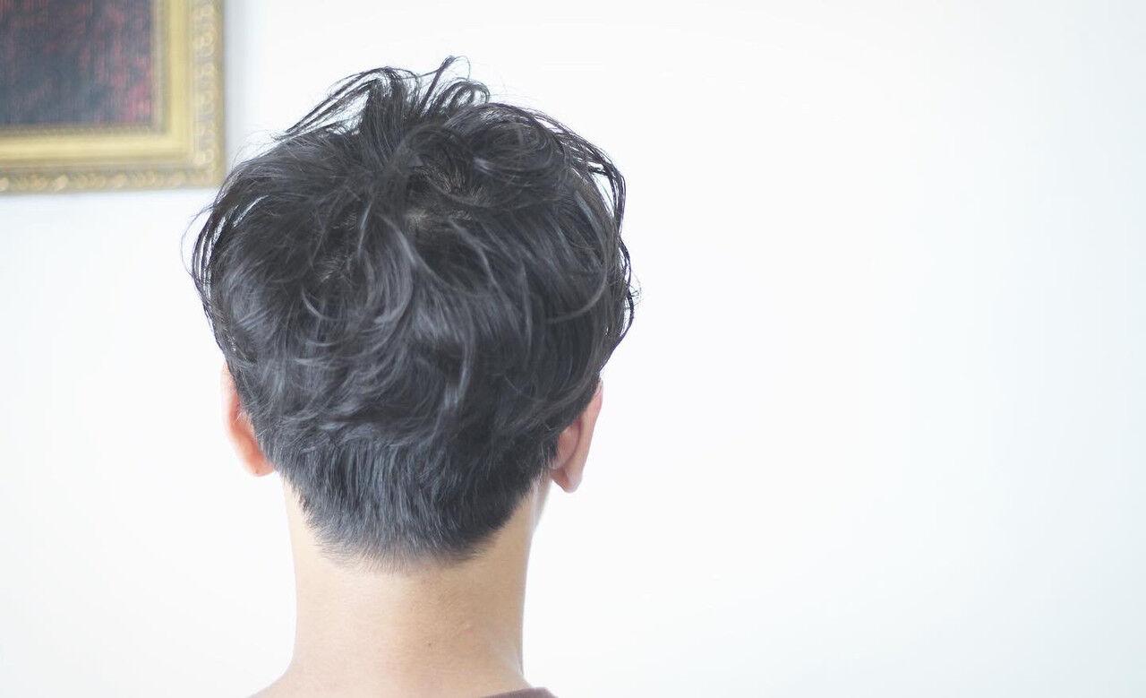 メンズショート メンズマッシュ メンズパーマ メンズスタイルヘアスタイルや髪型の写真・画像
