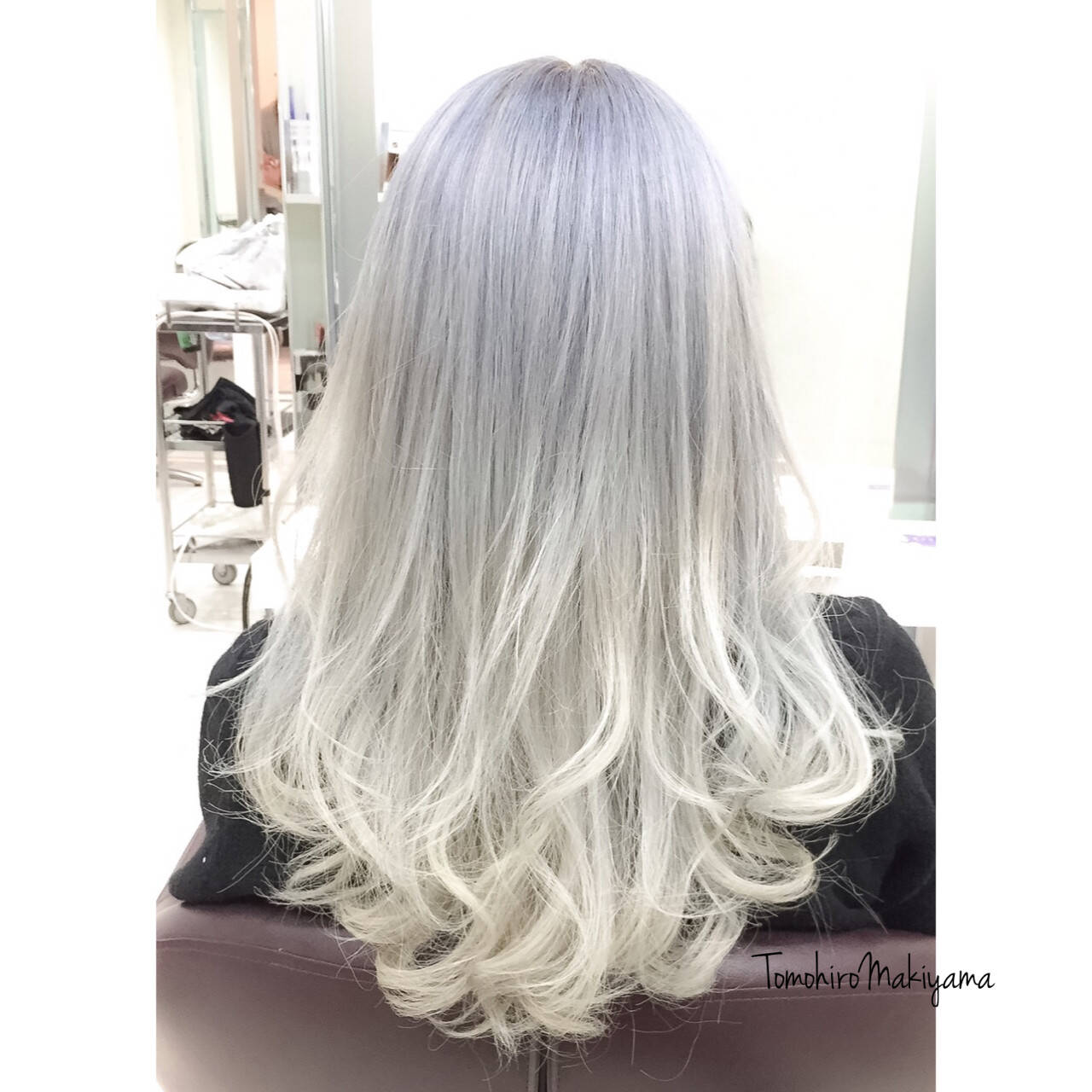 ブリーチ ホワイト ストリート ホワイトアッシュヘアスタイルや髪型の写真・画像
