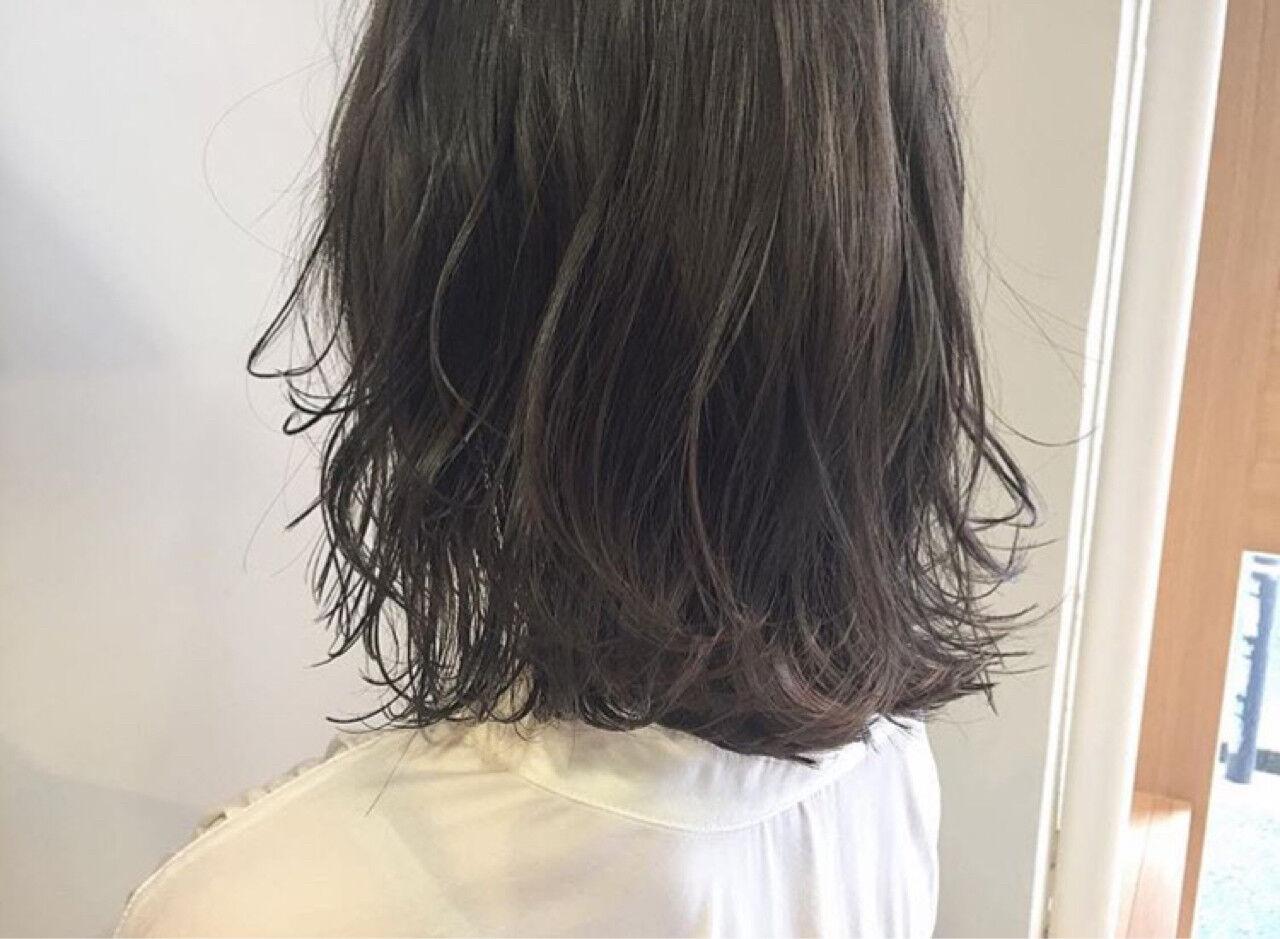 リラックス デート ナチュラル アンニュイヘアスタイルや髪型の写真・画像