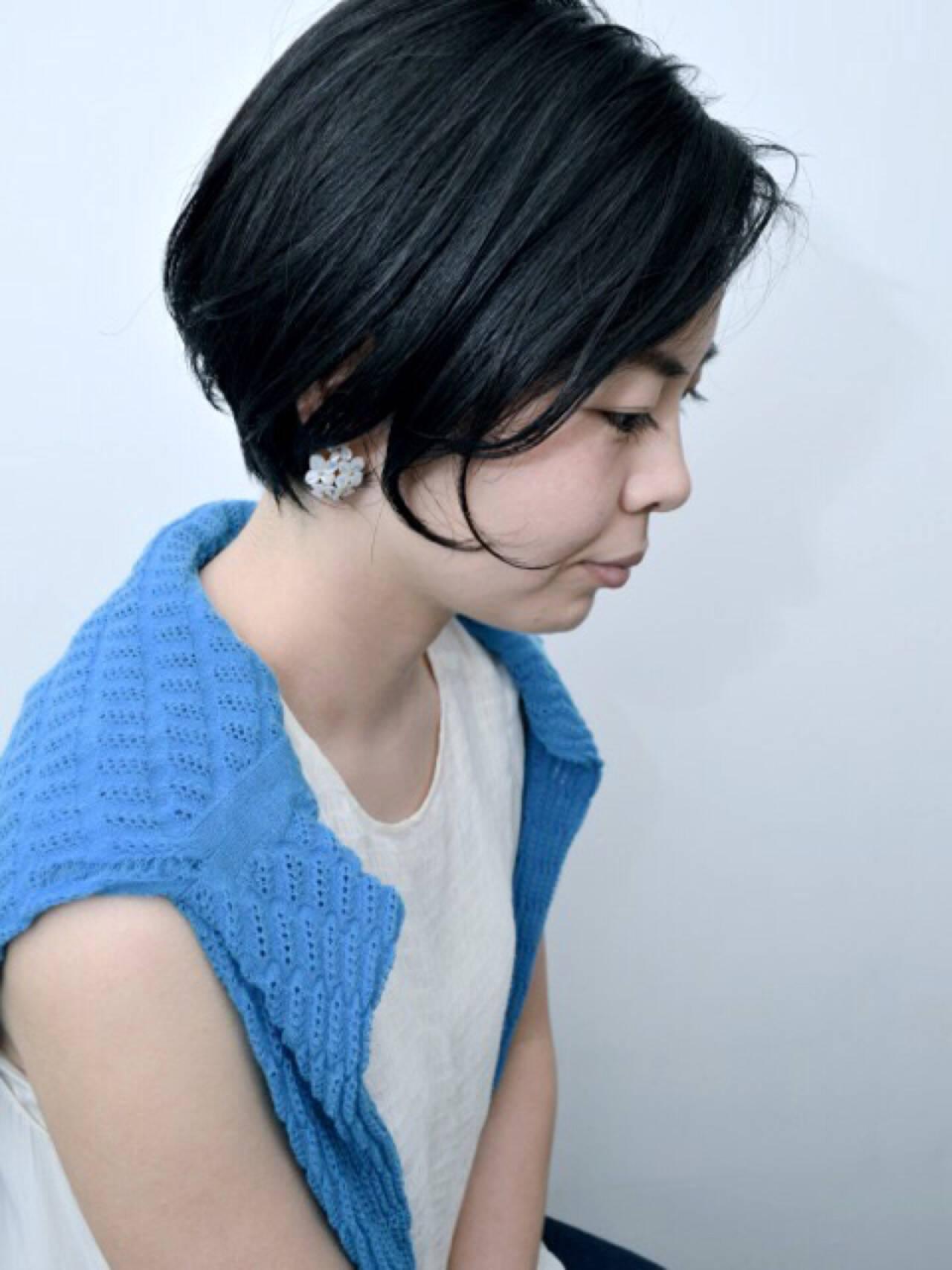 前髪あり モード 黒髪 切りっぱなしヘアスタイルや髪型の写真・画像