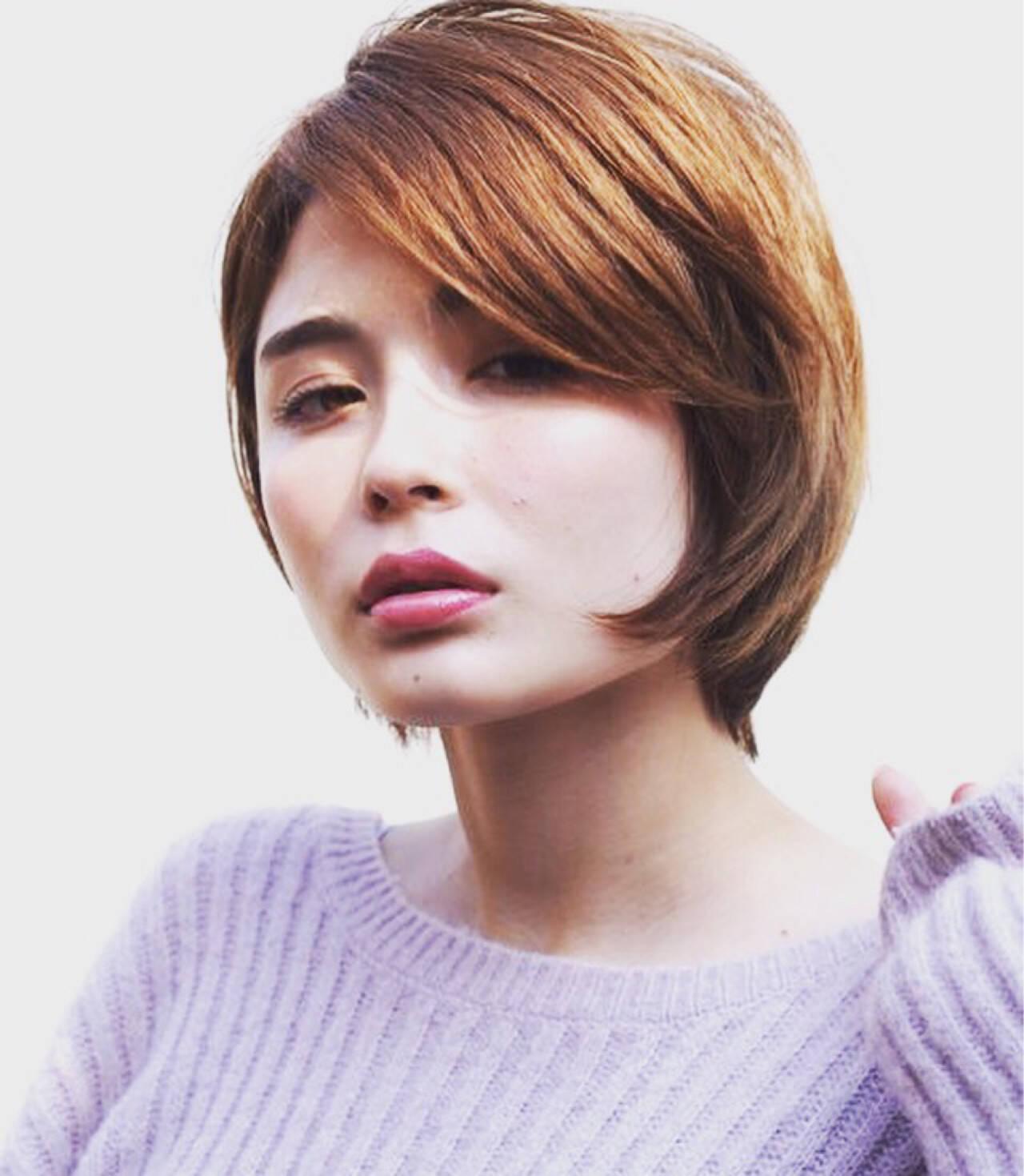 ショート 外国人風 ショートボブ ナチュラルヘアスタイルや髪型の写真・画像