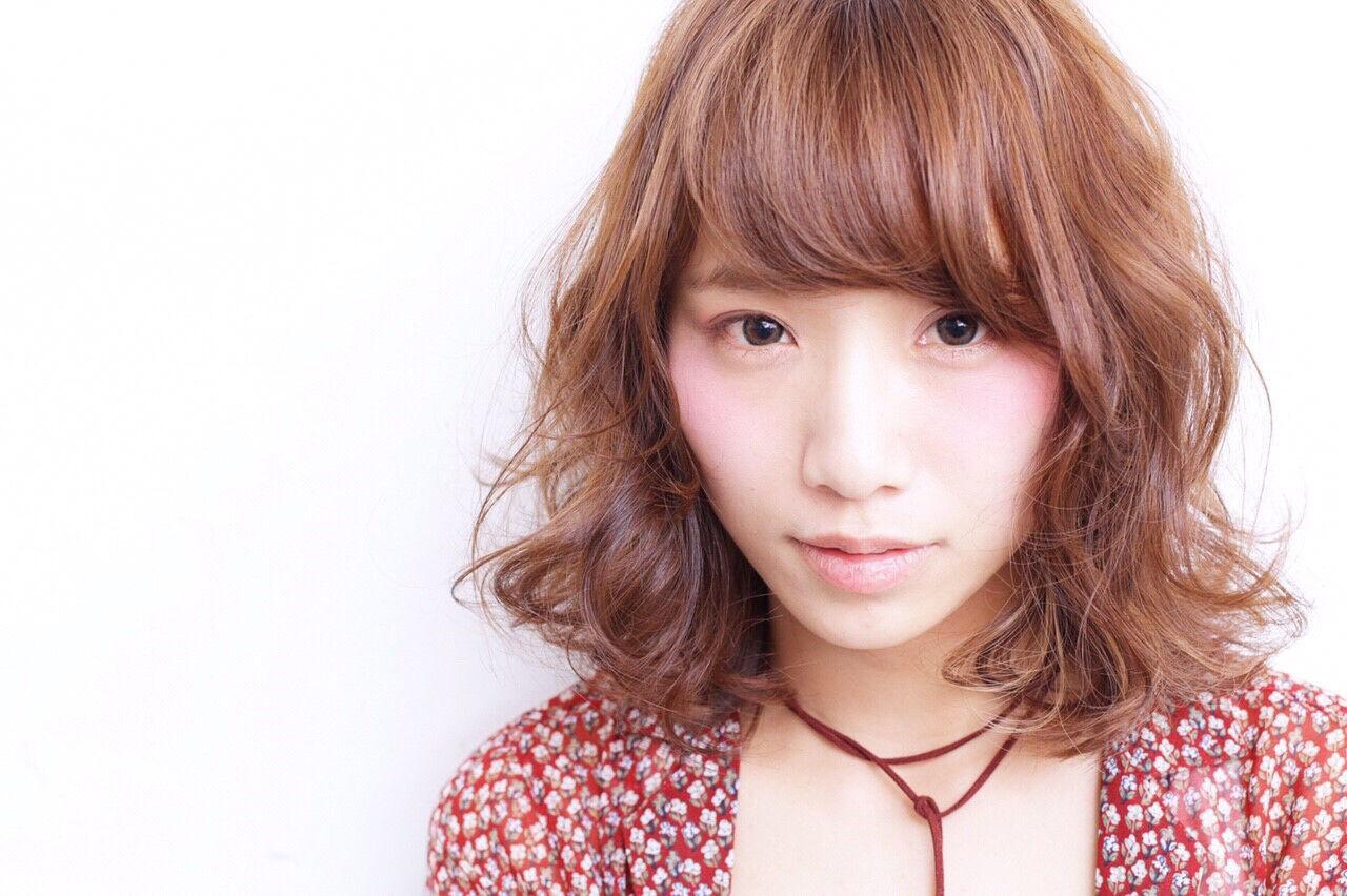外ハネ 外国人風 ピュア 前髪ありヘアスタイルや髪型の写真・画像
