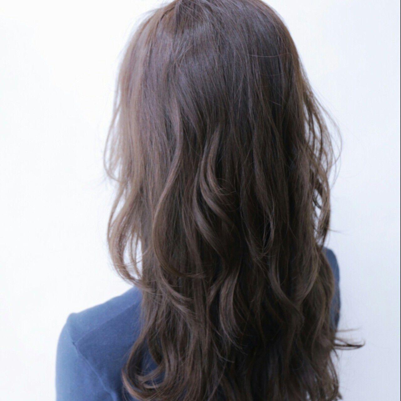 ゆるふわ 外国人風 暗髪 アッシュヘアスタイルや髪型の写真・画像