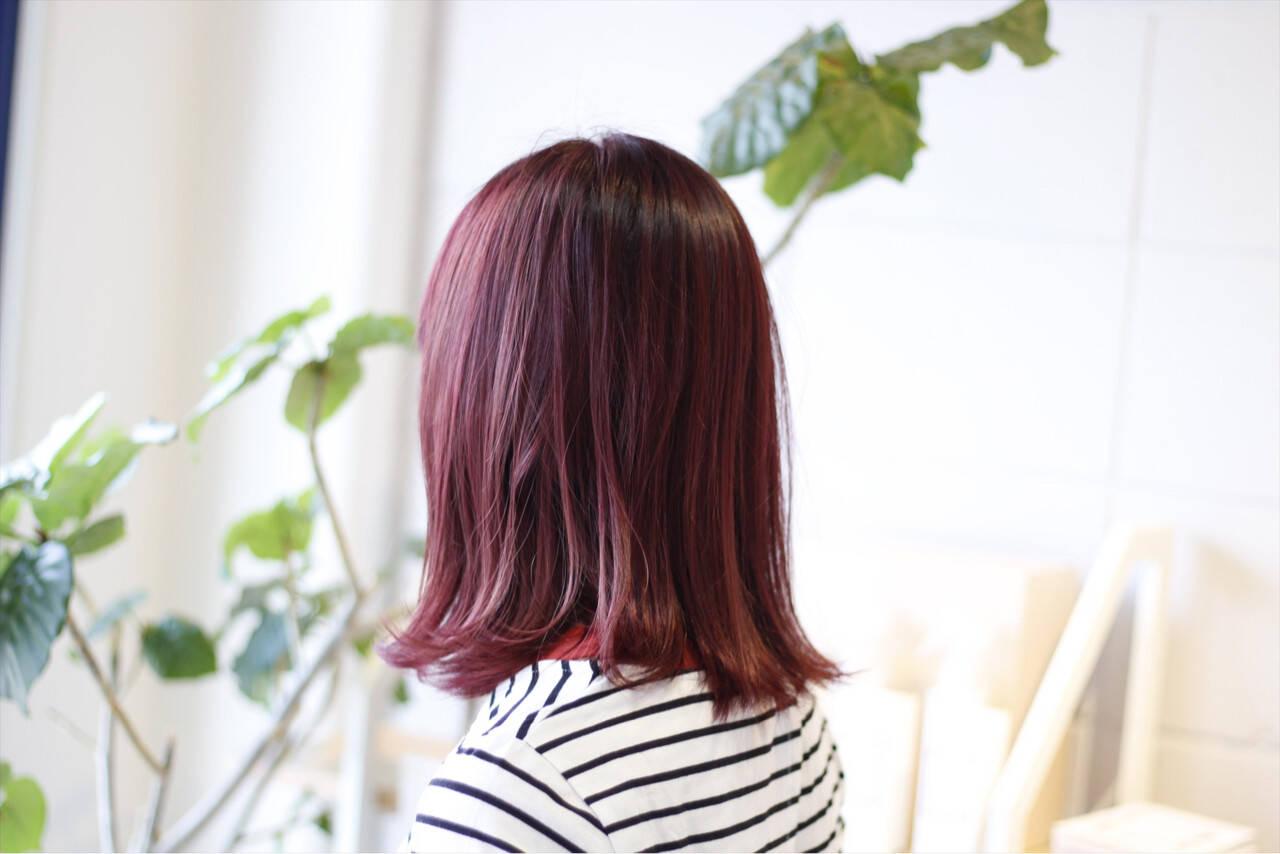 ボブ レッド 透明感 ピンクヘアスタイルや髪型の写真・画像