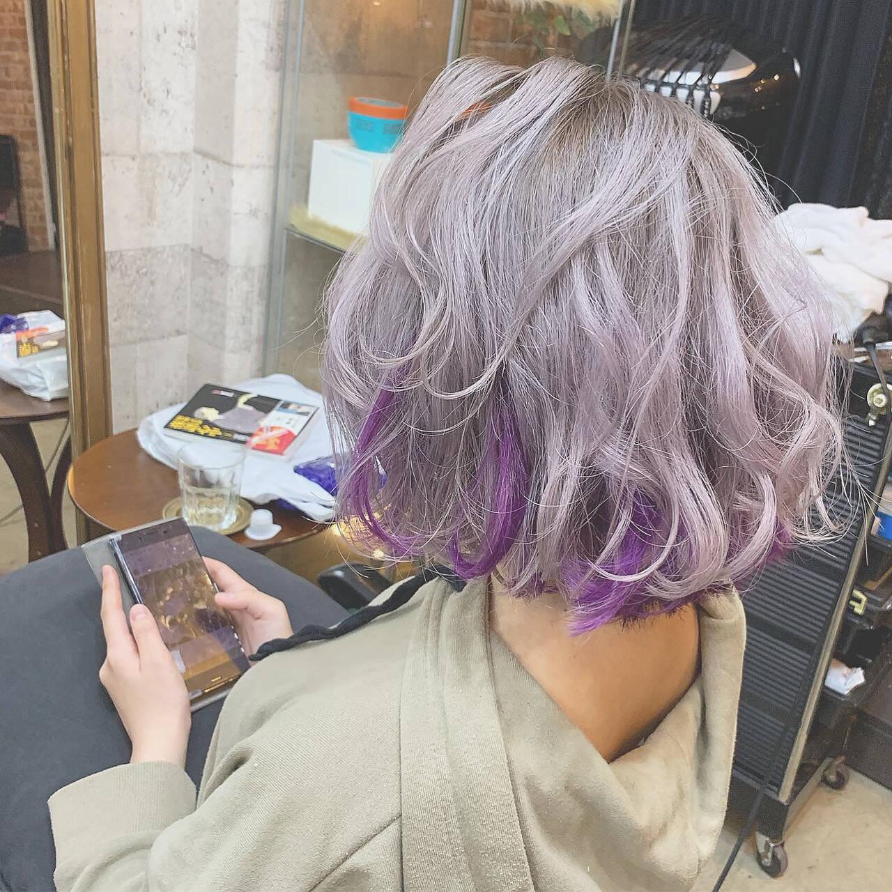 カラーバター ホワイト ハイトーンカラー パープルヘアスタイルや髪型の写真・画像