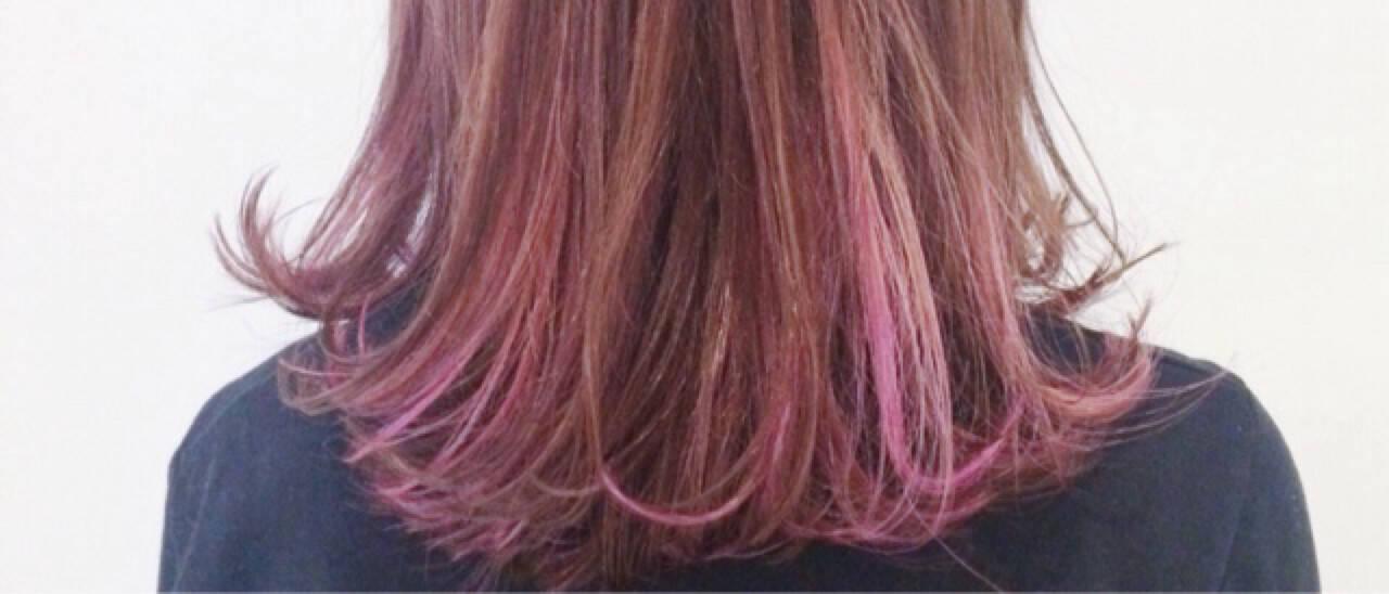 ガーリー ハイライト ミディアム レッドヘアスタイルや髪型の写真・画像