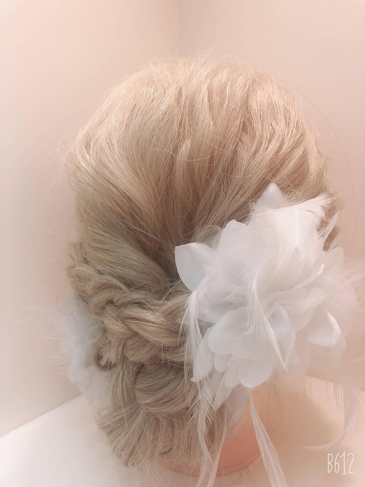 ナチュラル セミロング 簡単ヘアアレンジ 結婚式ヘアアレンジヘアスタイルや髪型の写真・画像