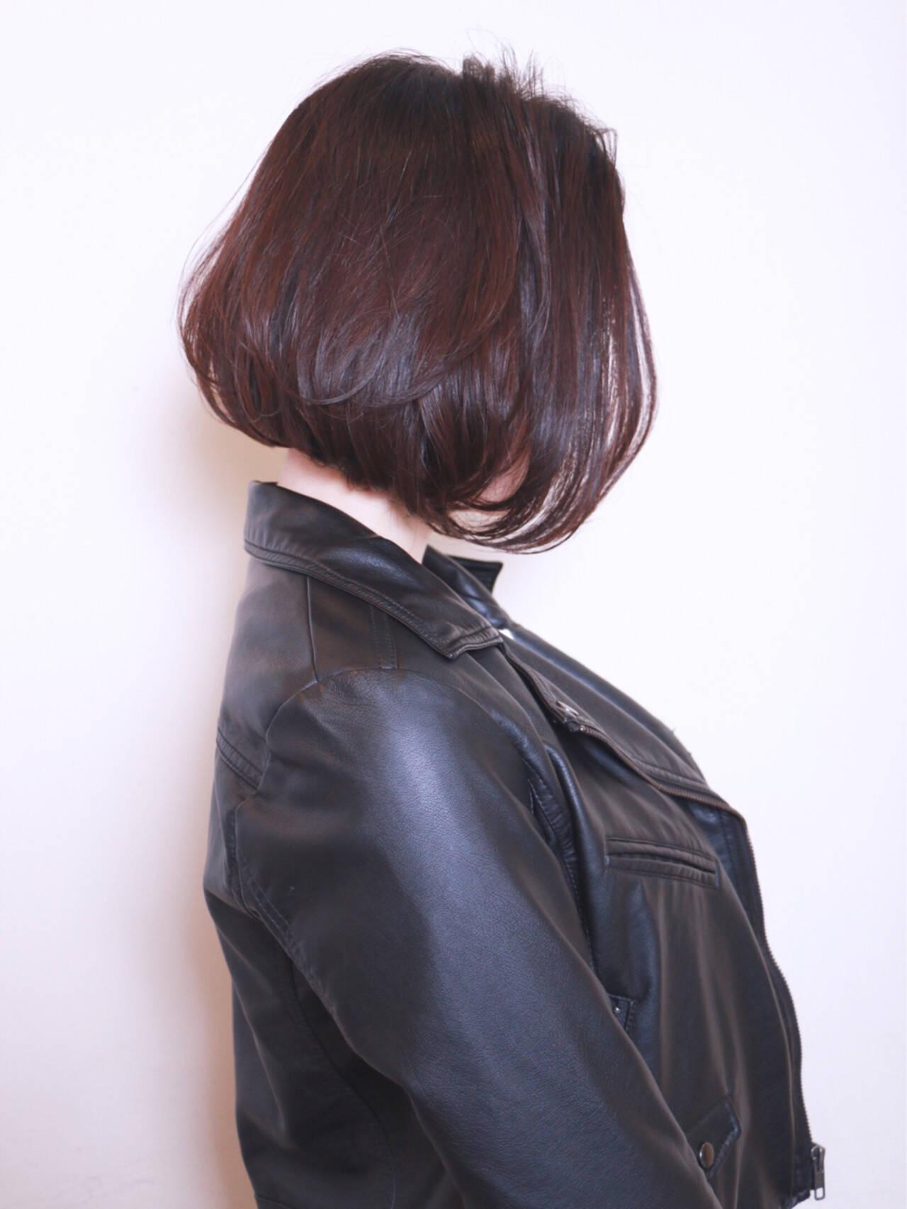 ショートボブ ボブ 前髪あり 前下がりヘアスタイルや髪型の写真・画像