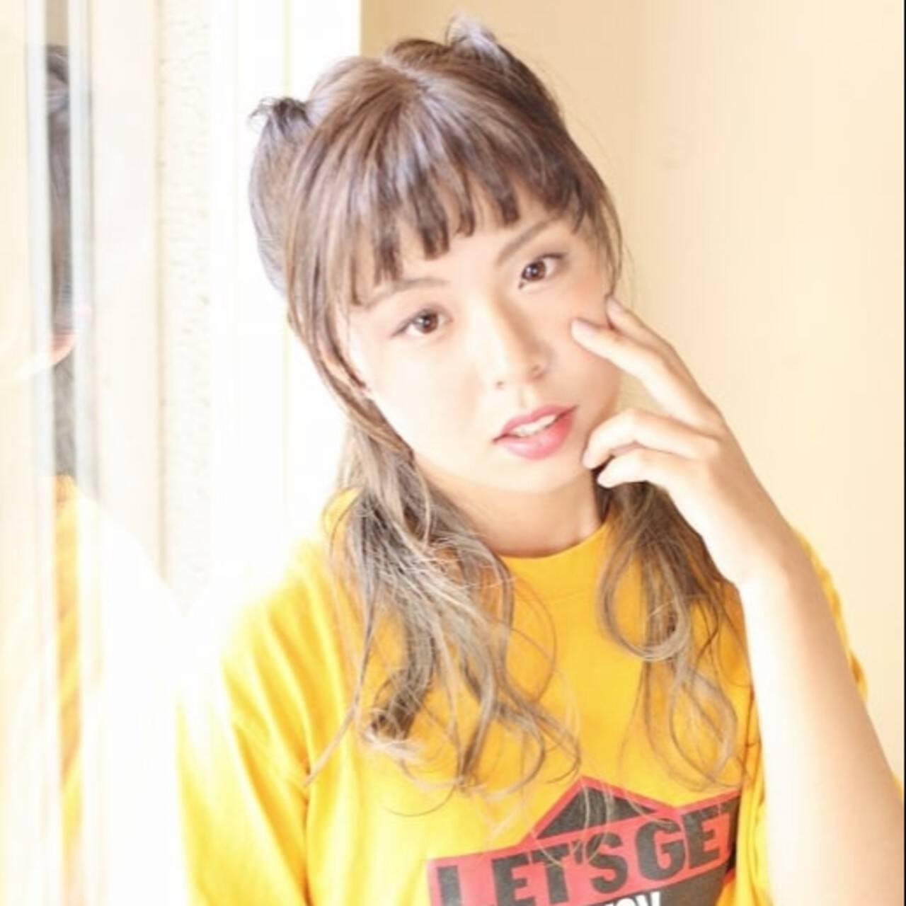 ロープ編み セミロング グラデーションカラー 猫耳ヘアスタイルや髪型の写真・画像