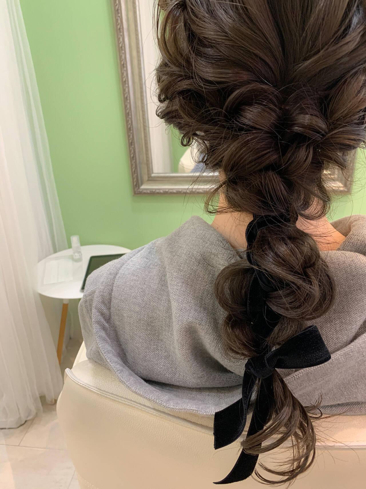結婚式ヘアアレンジ 編みおろし ヘアセット フェミニンヘアスタイルや髪型の写真・画像
